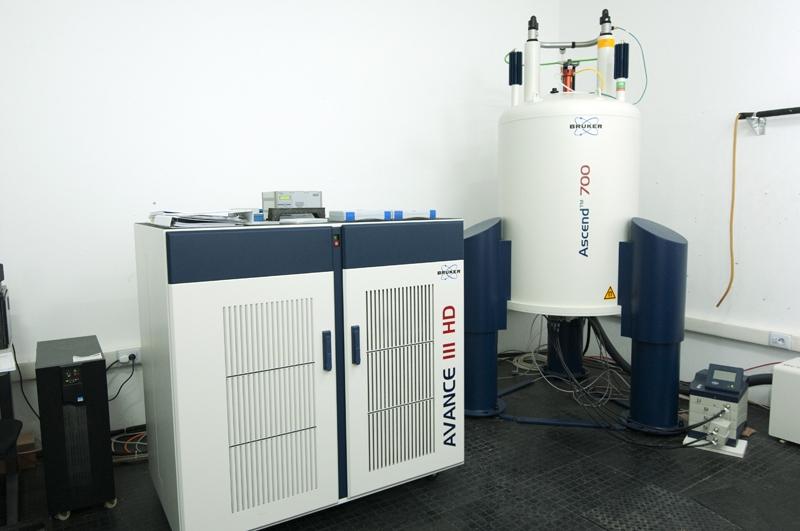 RMN 600 y 700 MHz
